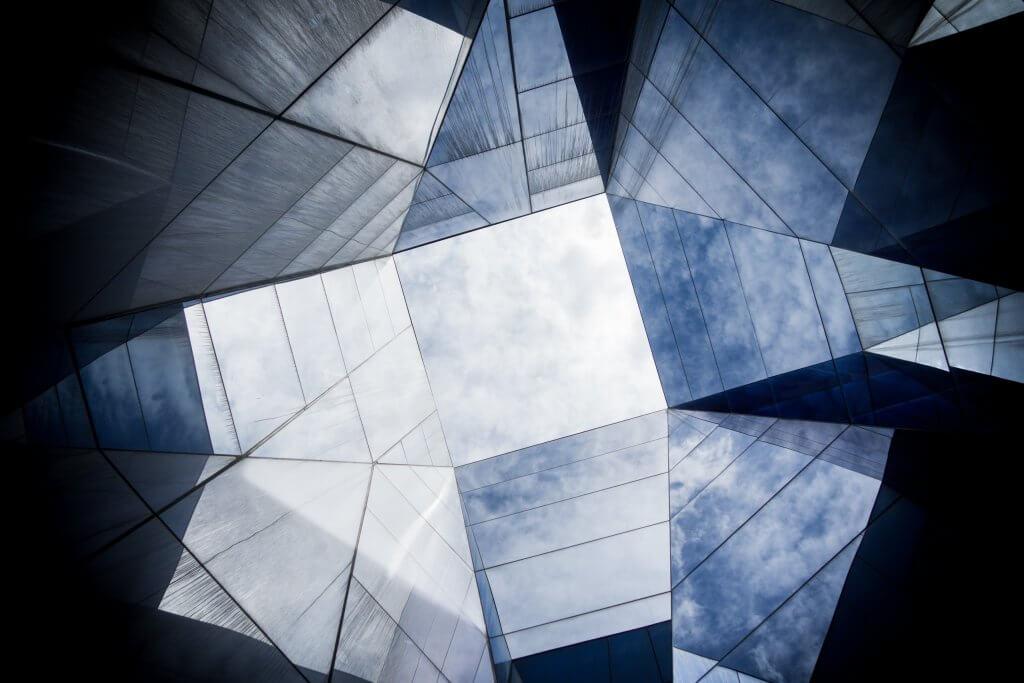 abstrakte verschieden schattierte Flächen