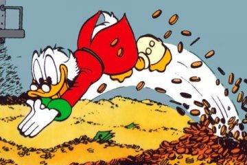 Dagobert Duck springt in seinen Geldbunker